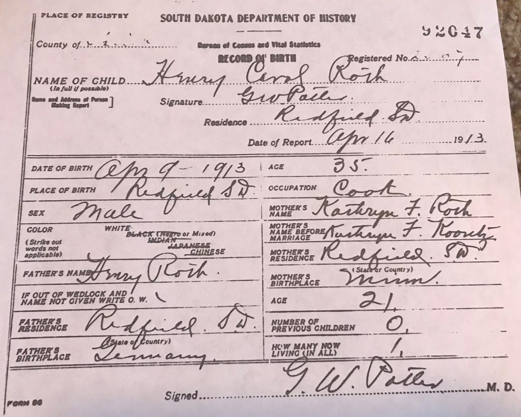 Parent Child Relationship by popular US professional Genealogy Services, Lineages: image of a birth record.